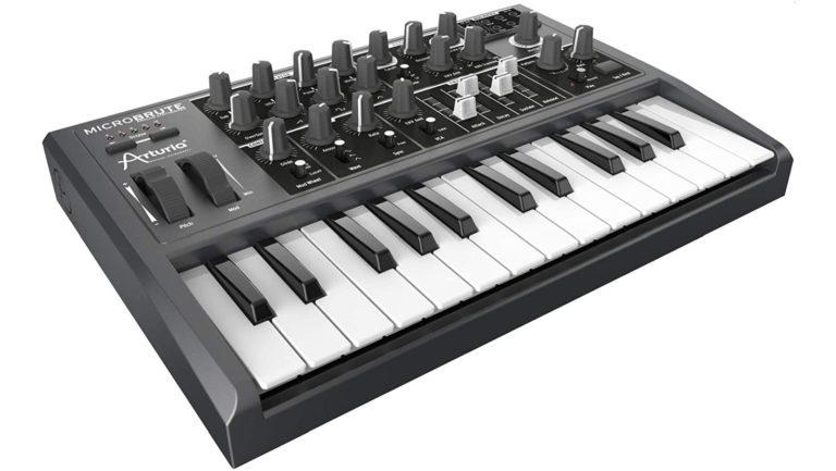 Arturia Microbrute analoge synthesizer